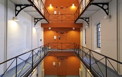 Oslo fengsel.Fengsel og rehabilitering, en selvmotsigelse?
