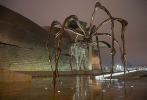 "Louise Bourgeois, ""Maman"" ved Guggenheim-museet i Bilbao. Foto: Didier Descouens/Wikimedia Commons. © Louise Bourgeois Trust/ BONO, Oslo / VAGA, New York"