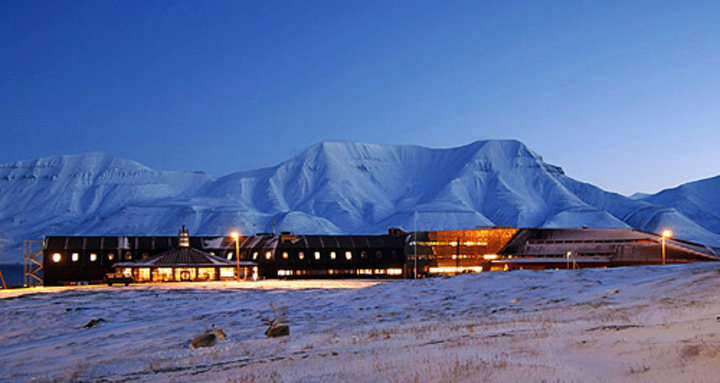 Universitetssenteret på Svalbard (UNIS) (fra uib.no)