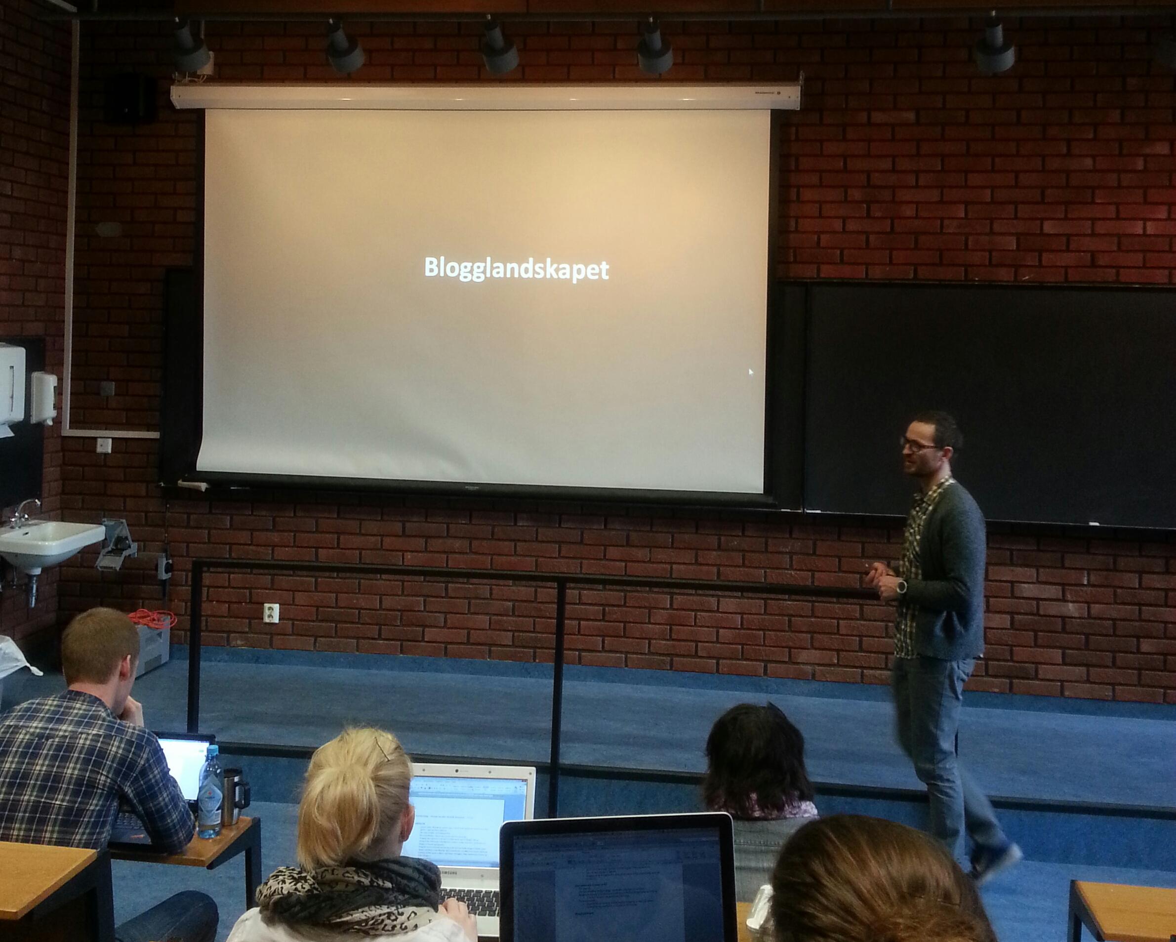Henrik Svensen foreleser om bruk av blogg og andre sosiale medier i forskningsformidling