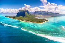 Mauritius er bl.a. en populær destinasjon for bryllupsreiser.. Hentet fra Thierry Bazerque