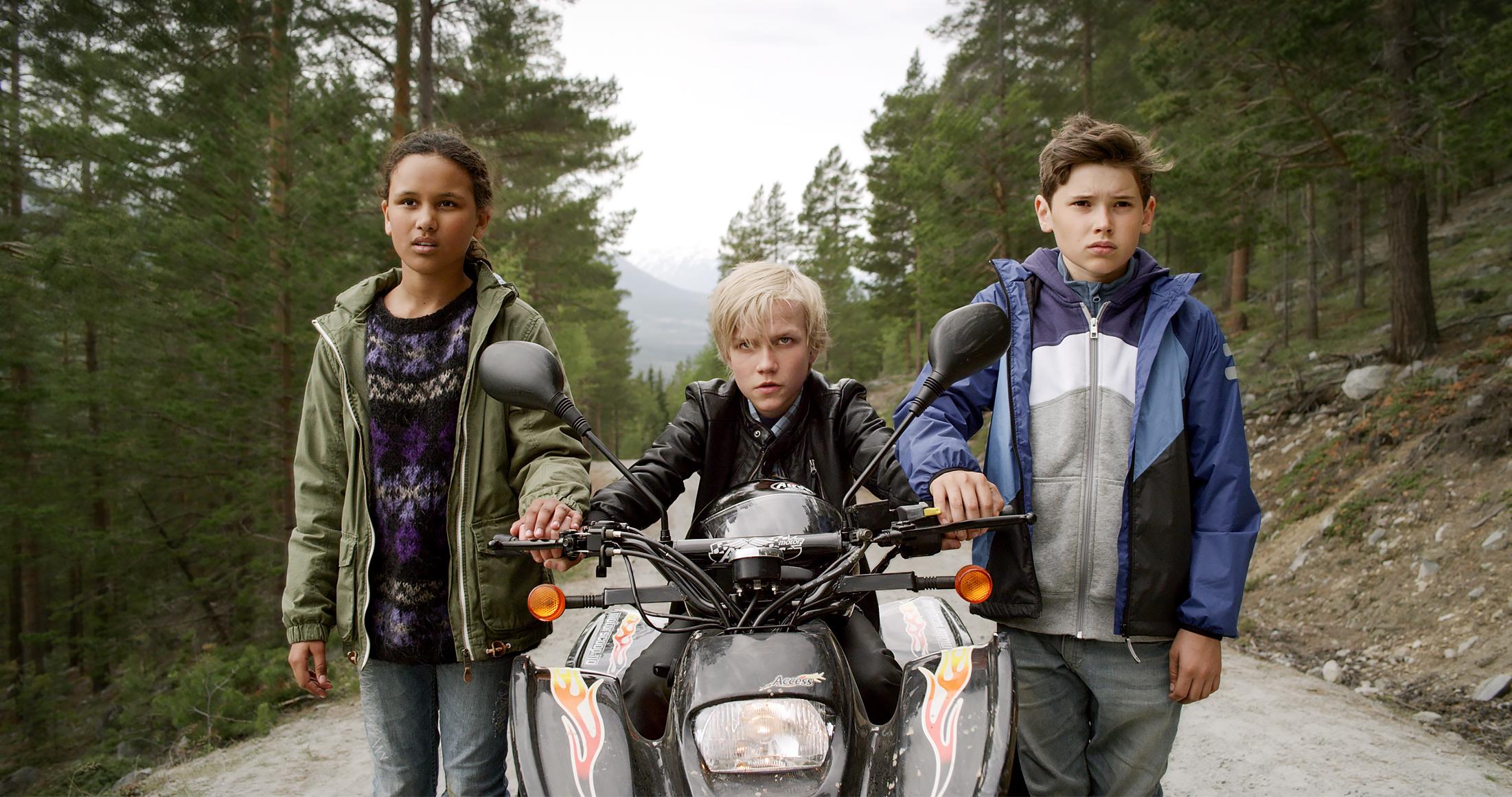 """""""Trio - Odins gull"""" spilles inn i Skjåk og omegn og vant Gullruten 2014 for beste barne- eller ungdomsprogram. Foto: NordicStories."""