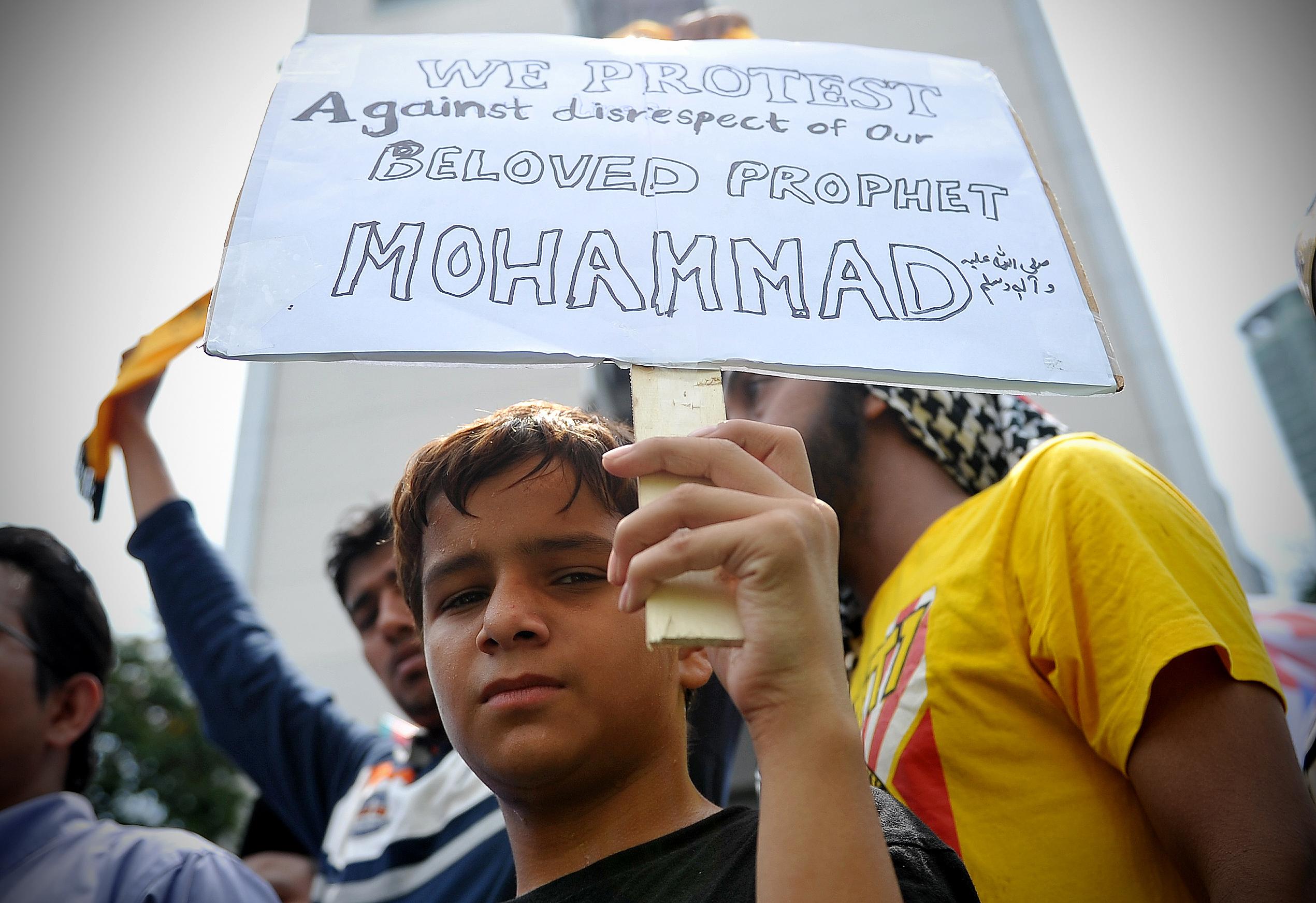 """Kuala Lumpur, 2012: Muslimer protesterer mot filmen """"Innocence of muslims"""" og karikaturtegninger av profeten Mohammed. Foto: Firdaus Latif / Wikimedia Commons"""