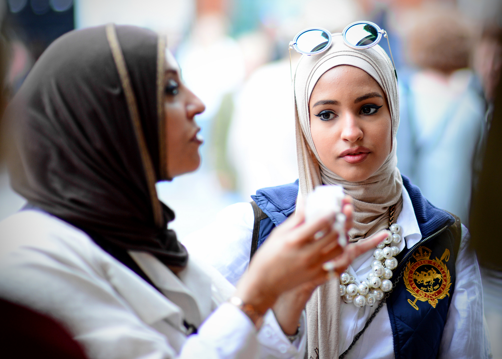 En offentlighet som åpner for synlige forskjeller er viktig for de intervjuede kvinnene. (Kvinnene på illustrasjonsfotoet er ikke tilknyttet studien.) Foto: Adrian Snood/Flickr